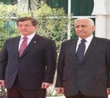 مساويا بينهم..داود أوغلو يقول ان داعش وPKK وPYD يهددون استقرار تركيا والمنطقة