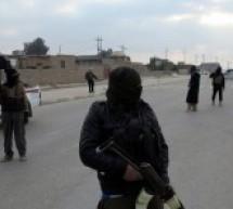 """مقتل قائد قطاع حي الصناعة في تنظيم """"الدولة الإسلامية"""" وصلب وجلد لمد 3 أيام متتالية بحق رجلين في مدينة دير الزور"""