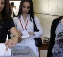 ثلث الأراضي السورية تبدأ التصويت في انتخابات تشريعية يجريها النظام