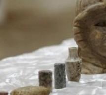 موسكو : داعش يجني نحو 200 مليون دولار من بيع الآثار