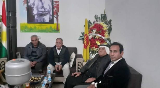 تيار المستقبل الكوردي في سوريا يهنئ الحزب الديمقراطي الكوردستاني _سوريا بافتتاح مقرهم في كوباني